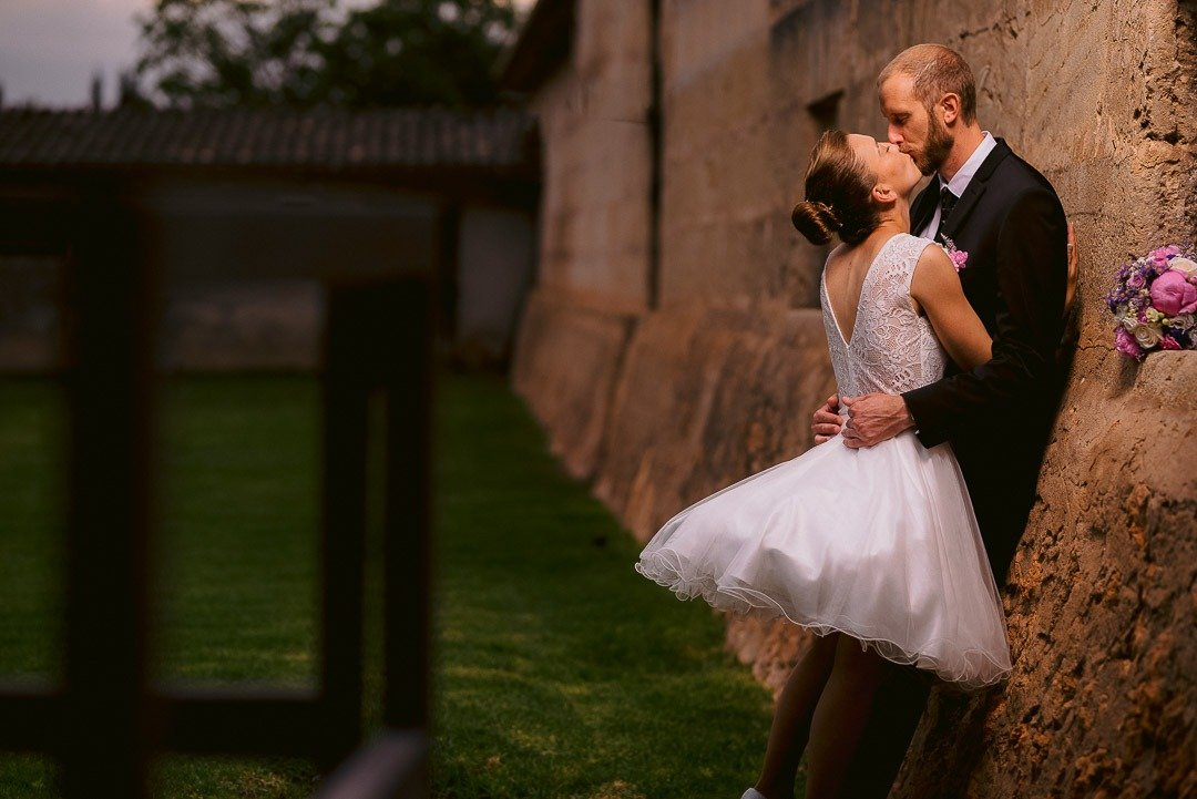 Destination Wedding in Rural Mallorca. Bride and Groom got married in a Countryside Finca in Llucmajor