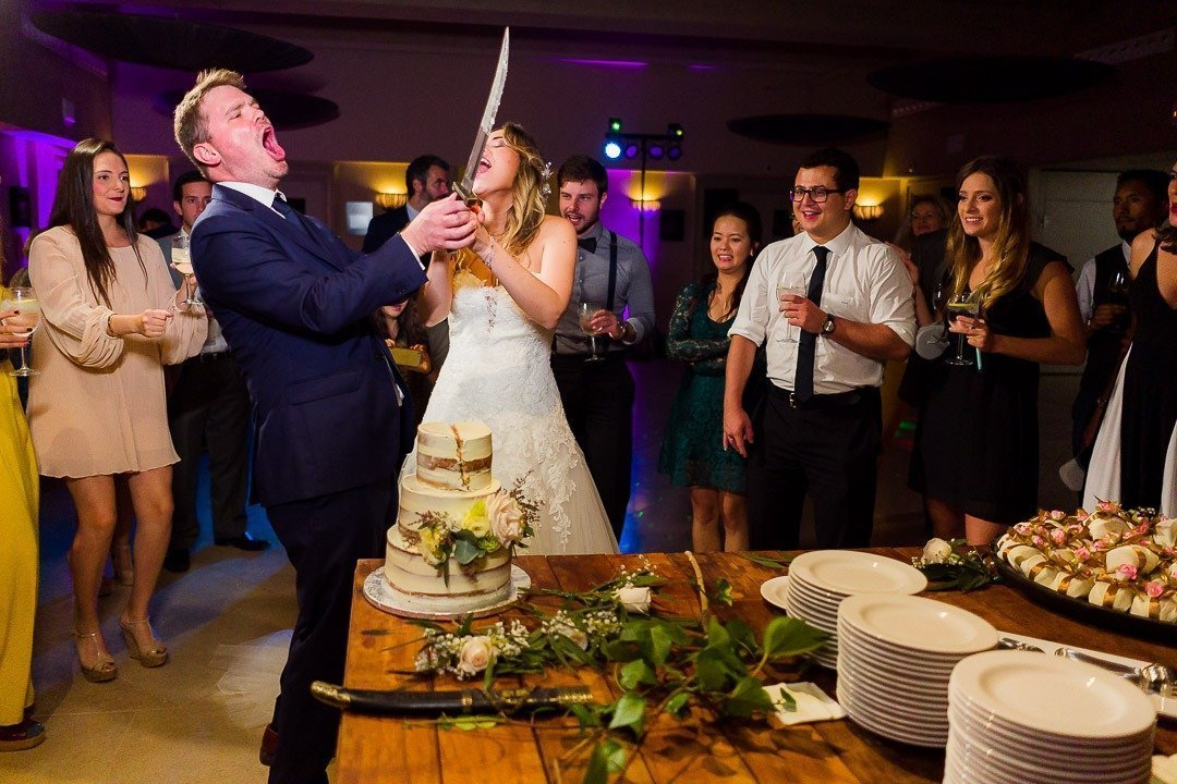 Bridal Cake Cutting in Mallorca. Fun moment Weddingwire, Best Destination Location