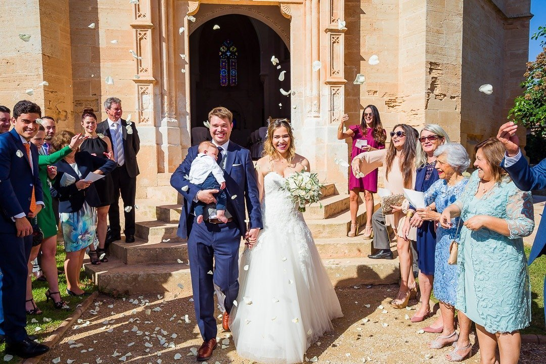 Very emotive Wedding Ceremony in Hilton Mallorca Destination Wedding. Weddingwire magazine