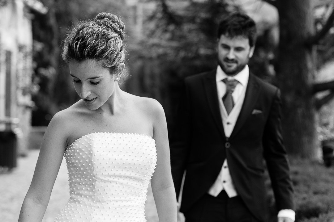 Bride and groom got ready for a Day after Wedding Session in Valldemossa